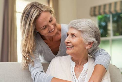 home care aide with elderly patient